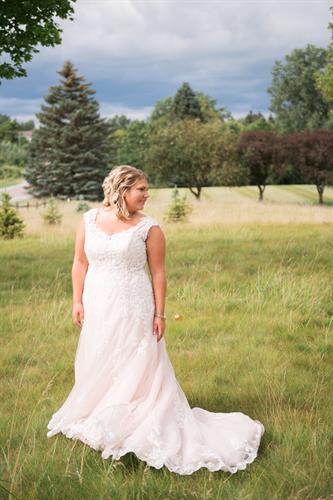 Bridal portrait in an open field