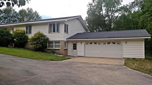 3128 E First St, Ludington, MI