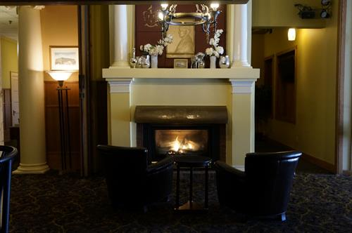 Stearns Fireplace main lobby