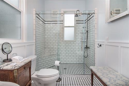 Gallery Image Lamplighter-BNB-Monet-Suite-Bathroom-Walk-in-Shower.jpg