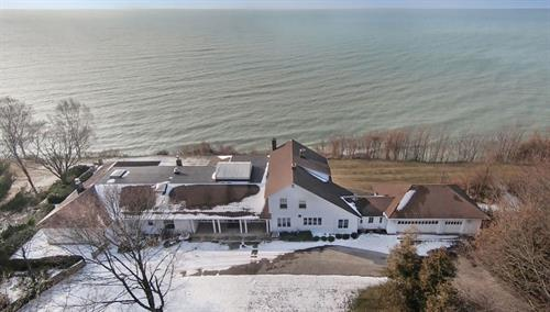 711 N. Lakeshore Dr, Ludington, MI  ~ Lake Michigan Home For Sale