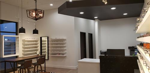 Gallery Image New_Waiting_Area_looking_at_Front_Desk(2413).jpg