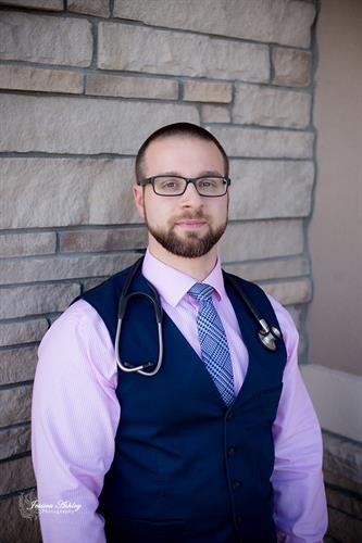 Dr. Brett Wisniewski