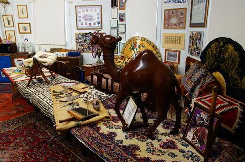 A classroom dedicated to Oriental rugs...Book your club for a free seminar....