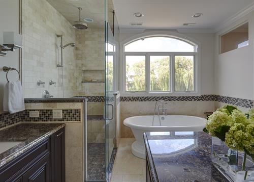 Gallery Image 0-elegant-traditional-master-bath-lake-forest-il.jpg