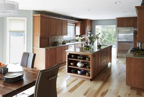 Gallery Image 3-Warm-and-cozy-kitchen-in_Highland-park-IL.jpg