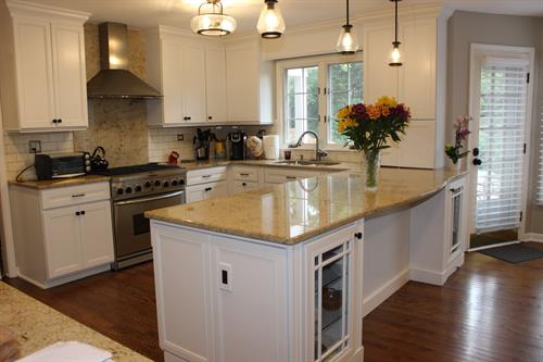 Kitchen painted in Oxford White.