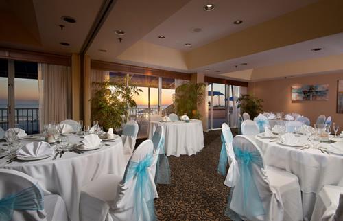 Gallery Image Sunset_Room_Wedding_Reception.JPG