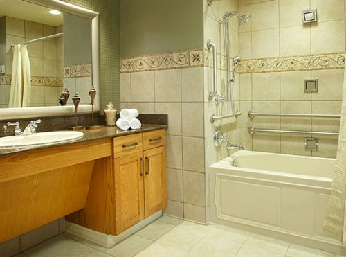 Lake Country Landing Bathroom
