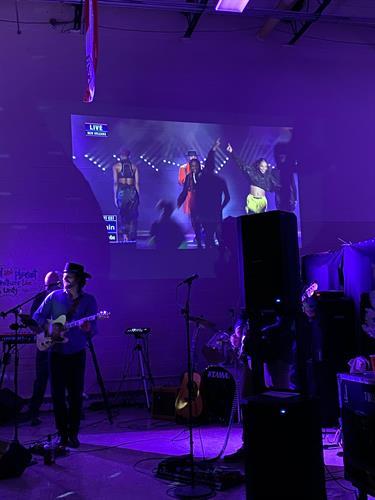 Gallery Image MUSIC.JPG