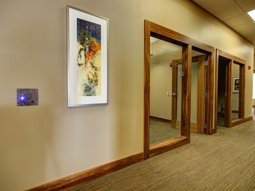 Gallery Image 5-UW-Credit-Union-University-Avenue-Concepts-in-Art-LLC(1).jpg