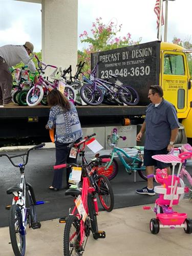 Our Community working to get bikes to local children in need for Christmas