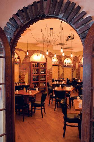 Gallery Image TOI-wineroom.jpg