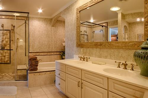 A Million Dollar View House ~ Master Bath