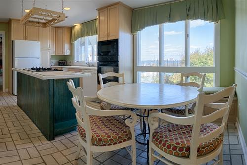 A Million Dollar View House Kitchen & Breakfast Nook with a view!