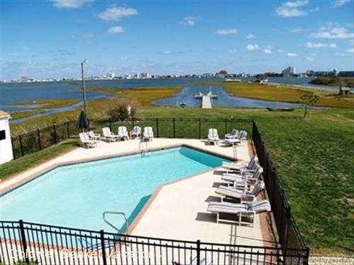 A Million Dollar View private BAY FRONT pool & view of Ocean City