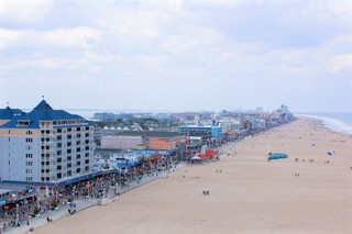 Gallery Image oc_beach_and_boardwalk_pic.jpg