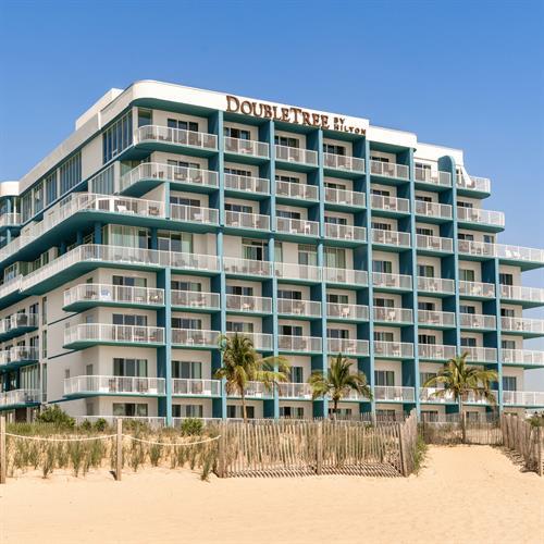 Gallery Image 029wb-doubletree-ocmd-exterior-02.jpg