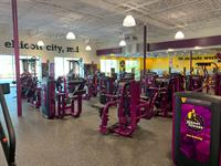 Planet Fitness Ellicott City to Host Grand Opening, Oct. 26 with Ravens Guard Kevin Zeitler and Terps Men's Basketball Players, Donta Scott and Fatts Russell