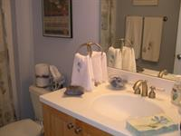 Gallery Image Upstairs_Bathroom.JPG