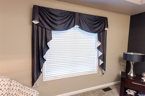Master Bedroom - Window Treatment