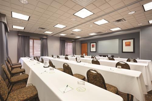 Arbor Room - Meeting Room - Classroom Style
