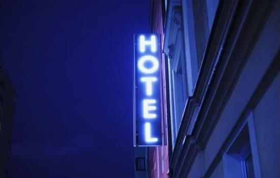 Hotel & Tourism