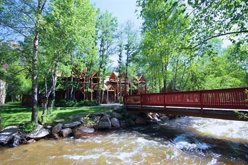 Bridge to One Bedroom Suites