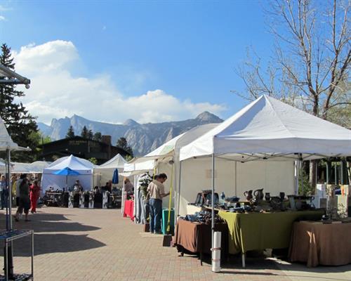 Art Market - Memorial Day Weekend
