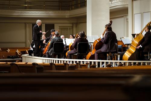 Gallery Image Conducting_Orchestra.jpg
