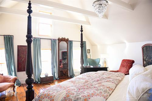 Master BR in the barn features California King bed and 18' ceiling