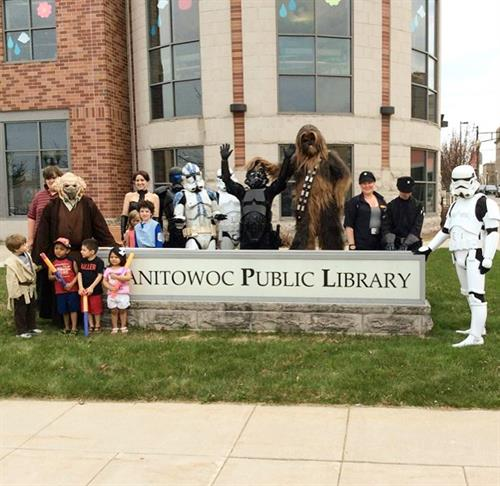 501st Legion visits the library!