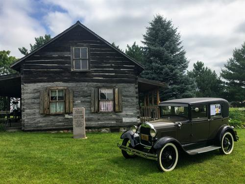 Historic Mattson-Norberg cabin located right here in Cambridge!
