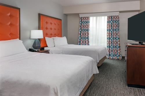 2 Bedroom Suite with 2 Queen Beds