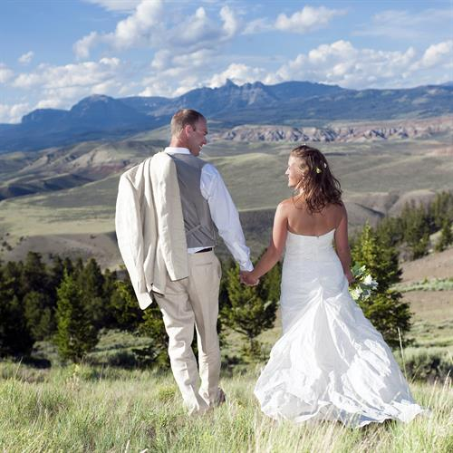 Destination Weddings in the majestic mountains of Wyoming as your backdrop.