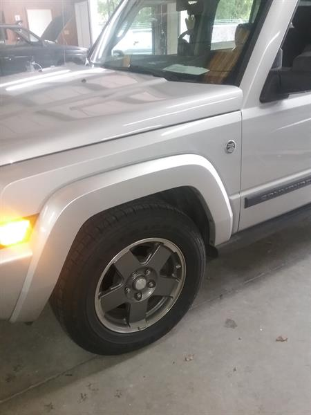 Before photo of 2006 Jeep Commander