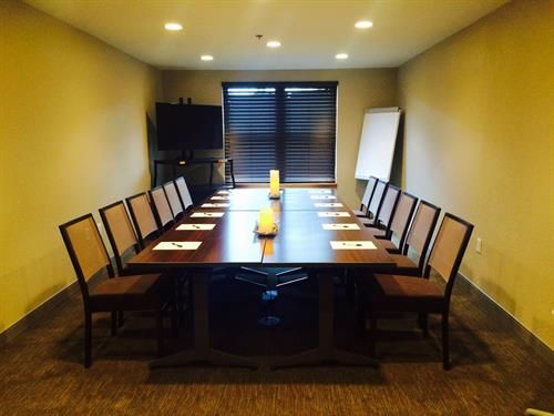 Meeting Room up to 12-14 People