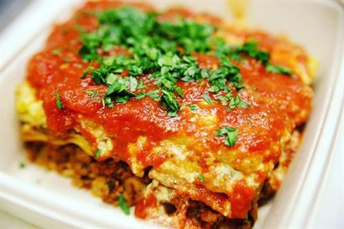 Famous Mama Mia Lasagna