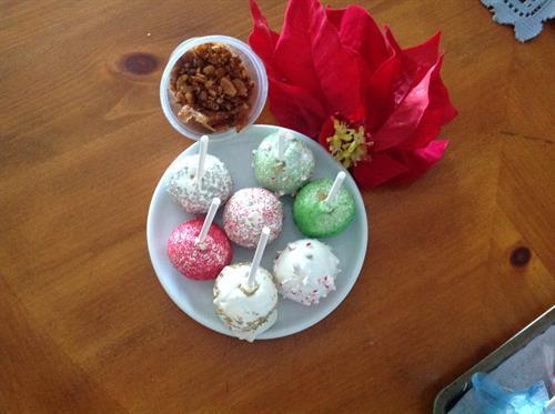 Flavored cake balls