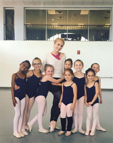 Ms. Allexe with dancers from Ballet 1