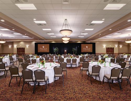 Gallery Image Professional_Ballroom.jpg