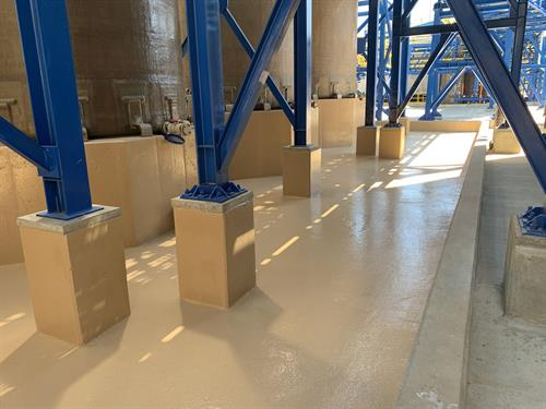 Secondary chemical containment area protected with Belzona