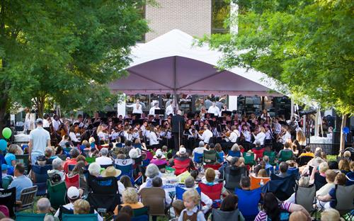 2015 Pops on the Plaza