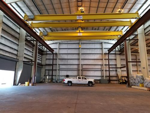 Mfg. two 20 tons with 320 ft. runway system for a power distribution mfg.