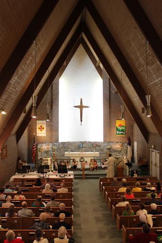 Gallery Image church_sanctuary.JPG