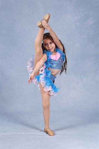 Diane F. (3rd year student, dance scholarship winner with Showstopper American Dance Championship)