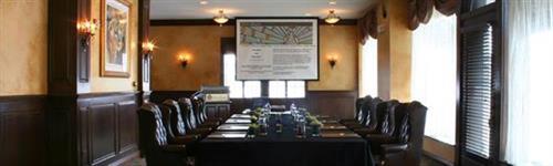 Gallery Image HB-slide-meetingroom.jpg