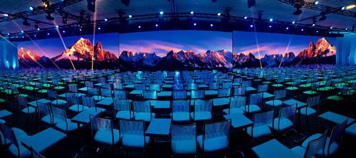 Gallery Image Momentum_Panorama.jpg