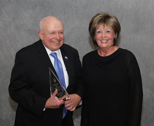 Hank Erwin and Paulette Peiffer - 2017 Broker/Owner of the Year Award!