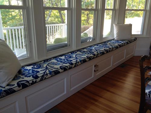 custom bench seat cushions made to fit your space.